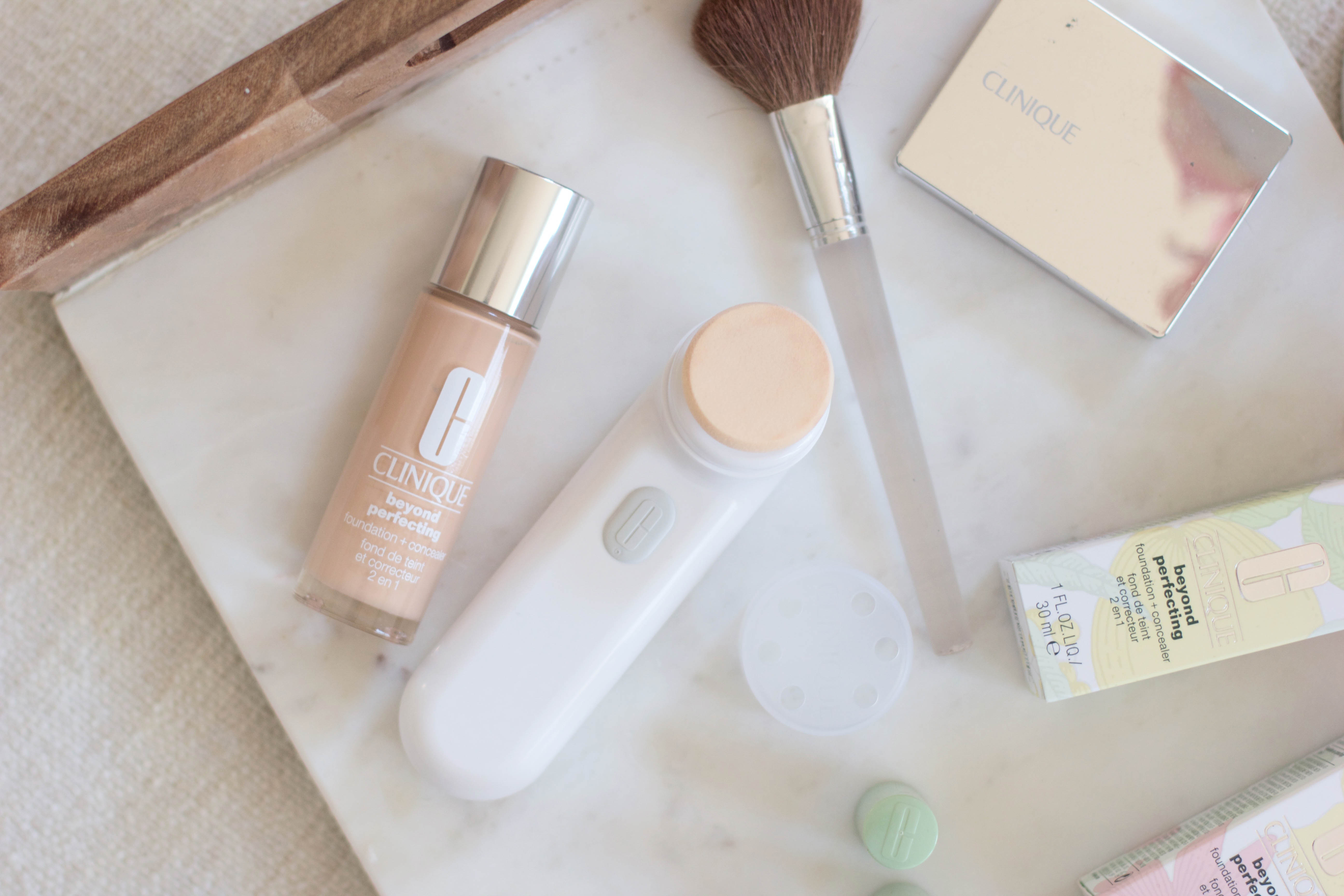 Beauty // Clinique Sonic Airbrushed Liquid Foundation Applicator - Lauren McBride